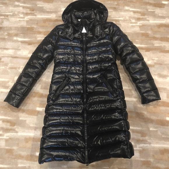 9da8aa1a940 Moncler Long puffer coat size 1 NEW